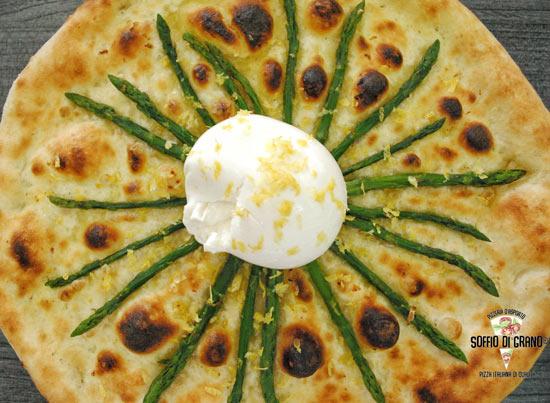 Pizza burrata e asparagi - pizze in edizione limitata giugno - soffio di grano
