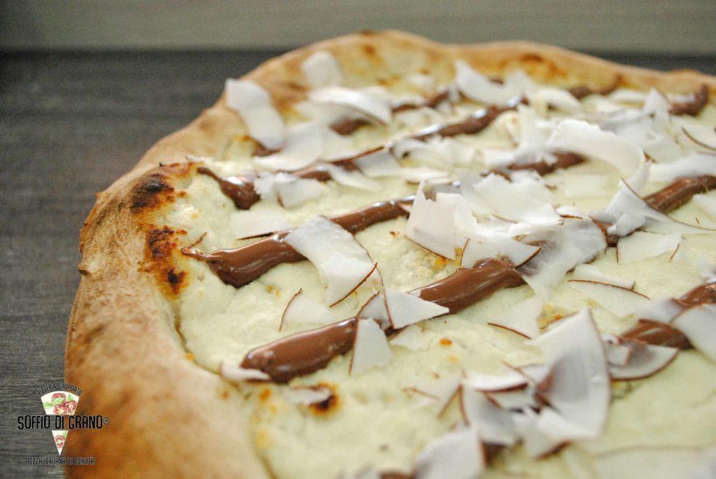 Pizze speciali di Agosto: Cocco, ricotta e nocciolata... da Soffio di Grano!